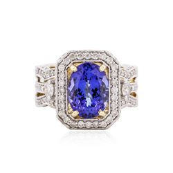 14KT Yellow Gold 4.31 ctw Tanzanite and Diamond Ring