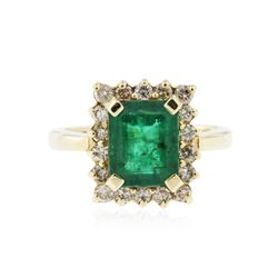 14KT Yellow Gold 2.50 ctw Emerald and Diamond Ring