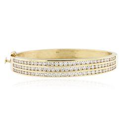 14KT Yellow Gold 5.50 ctw Diamond Bangle Bracelet