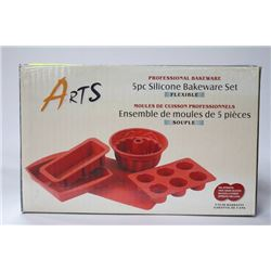 NEW ARTS 5 PIECE SILICON BAKEWARE SET