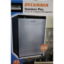 NEW SYLVANIA 4.5 CU-FT COMPACT REFRIGERATOR