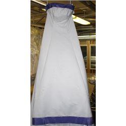 WHITE & PURPLE WEDDING DRESS SIZE: 12