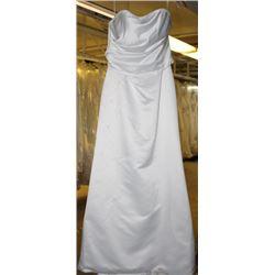 WHITE WEDDING DRESS SIZE: 12