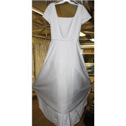MODEST PLAIN SHORT SLEEVE WEDDING DRESS