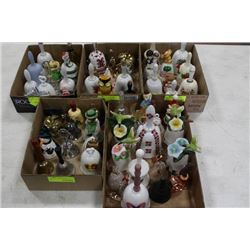 BOX OF COLLECTIBLE BELLS X6
