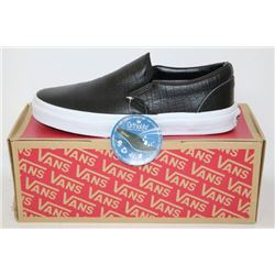 PAIR OF NEW VANS SHOES MENS SIZE 7