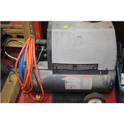 INGERSOLL-RAND CHARGE AIR PRO AIR COMPRESSOR