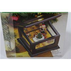 MUSICAL CHRISTMAS BOX X2