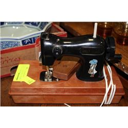 VINTAGE HOLLY HOBBY SEWING MACHINE