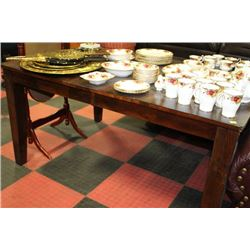 RUSTIC WOOD KITCHEN TABLE W BUTTERFLY LEAF