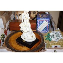 BOX WITH CARVED WOODEN POLISH(COUNTRY) PLATE,