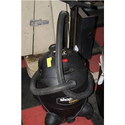 6.5GAL 3.0HP SHOP VAC WITH ATTACHMENT