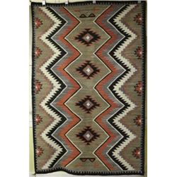 Fine C. 1920's-1930's Navajo rug with black