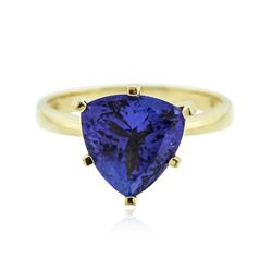18KT Yellow Gold 4.82 ctw Tanzanite Ring