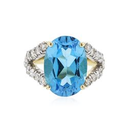 14KT Yellow Gold 5.00 ctw Blue Topaz and Diamond Ring