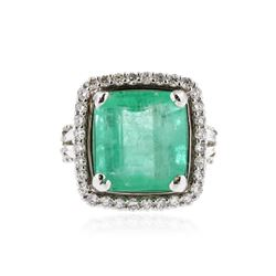 18KT White Gold 9.14 ctw Emerald and Diamond Ring