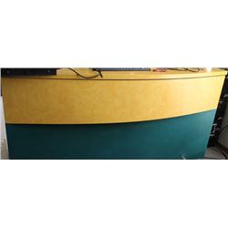 "#7,8 72"" CABINET COUNTER IMPERIAL GREEN & YELLOW"