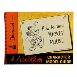 "Disneyland ART CORNER - ""How to Draw Mickey Mouse? Souvenir Character Model Guide"