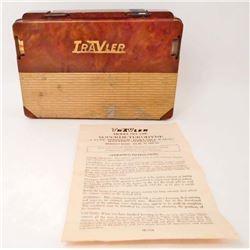 1953 TRAVLER MODEL #5300 4 TUBE PORTABLE RADIO