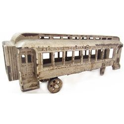 ANTIQUE CAST IRON NEW YORK CENTRAL 1086 TOY TRAIN CAR