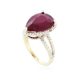14KT Yellow Gold 8.96 ctw Ruby and Diamond Ring