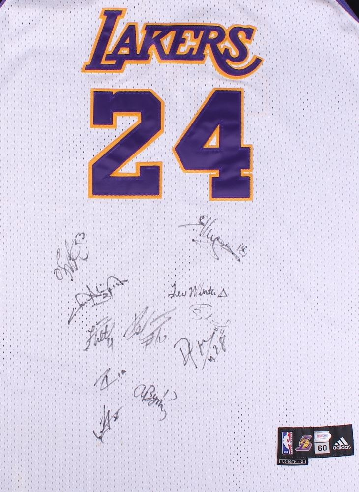 online retailer 3d1ba 1ed76 2008-09 Lakers Team Signed Jersey With (11) Signatures ...