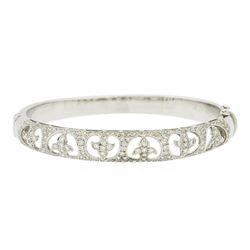 18KT White Gold 1.67 ctw Diamond Bangle Bracelet