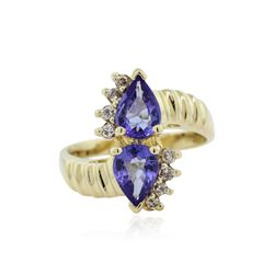 14KT Yellow Gold 2.00 ctw Tanzanite and Diamond Ring