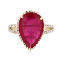 14KT Yellow Gold 5.42 ctw Ruby and Diamond Ring