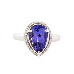 14KT White Gold 2.50 ctw Tanzanite and Diamond Ring
