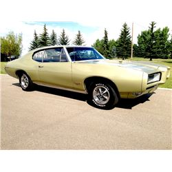 1:00PM SATURDAY FEATURE 1968 PONTIAC GTO 400 4 SPEED MATCHING NUMBERS