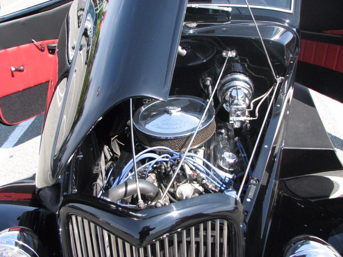 4:00PM SATURDAY FEATURE! 1932 CHEVY COUPE STREET MACHINE CUSTOM