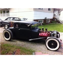 1928 FORD 5-WINDOW COUPE