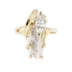 14KT Yellow Gold 1.91 ctw Opal & Diamond Ring