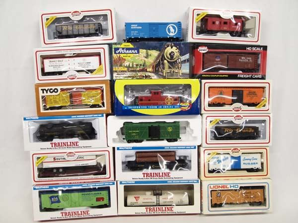 Collection of HO Scale Train Boxcars