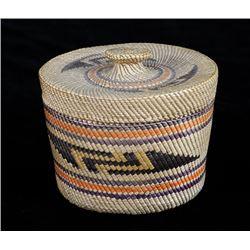 "Nuu-chah-nulth Knob Top Basket with Geometric Design 3 1/2"" D. 3"" H. Excellent Condition"
