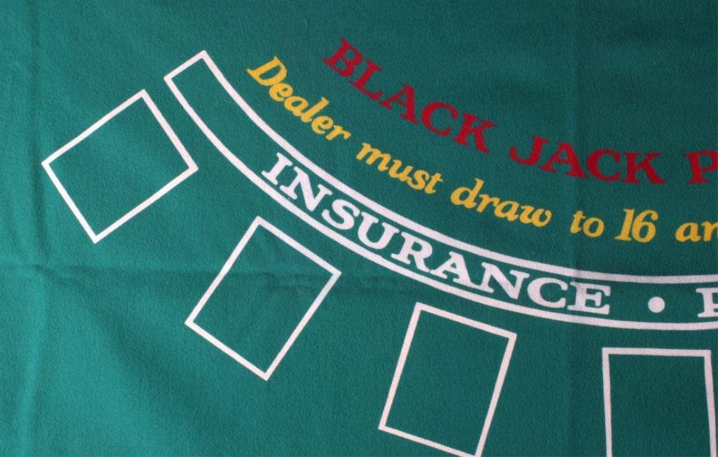179 & Bear Claw Casino Blackjack Table Cover