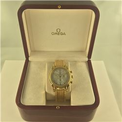18KT YELLOW GOLD MEN'S OMEGA DE VILLE CO-AXIAL CHRONOGRAPH WRIST WATCH. THE WATCH FEATURES AN AUTOMA