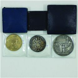 Iceland 1930 3-coin Set with original boxes.  1930 2 Kr bronze, 1930 5 Kr Silver and 1930 10 Kr Silv