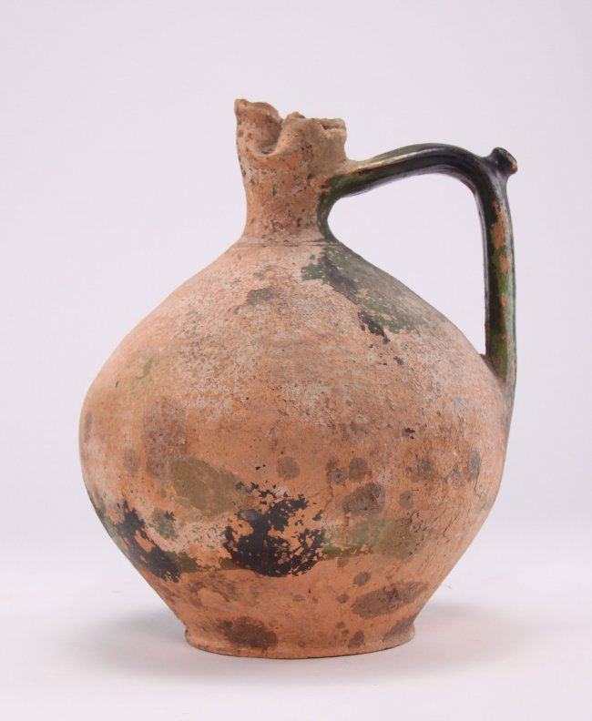 Ancient glazed clay pinched spout water jug  (Size: