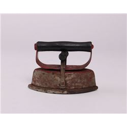 Antique Sad Iron.  (Size: See second photo for