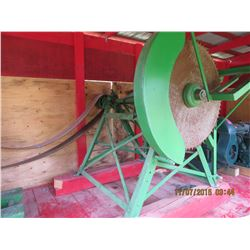 4 hp stover engine with saw mandrel
