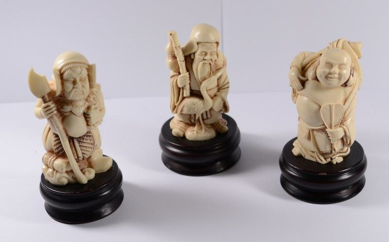 3 Vintage Chinese Carved Faux Bone Of Old Wise Men Figurines