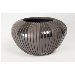 "San Juan Pueblo Melon Pot by Sue Tapia, 7"" x 12"""