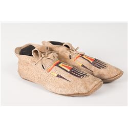"""Northern Plains Man's Quilled Moccasins, 10 ¾"""" long"""