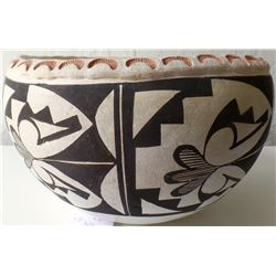 Authentic Acoma New Mexico Pottery