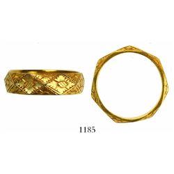 Ornate gold ring in high-grade gold, size 4-1/4.  1715 Fleet
