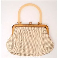 VINTAGE WHITING AND DAVIS MESH PURSE W/ LUCITE HANDLE