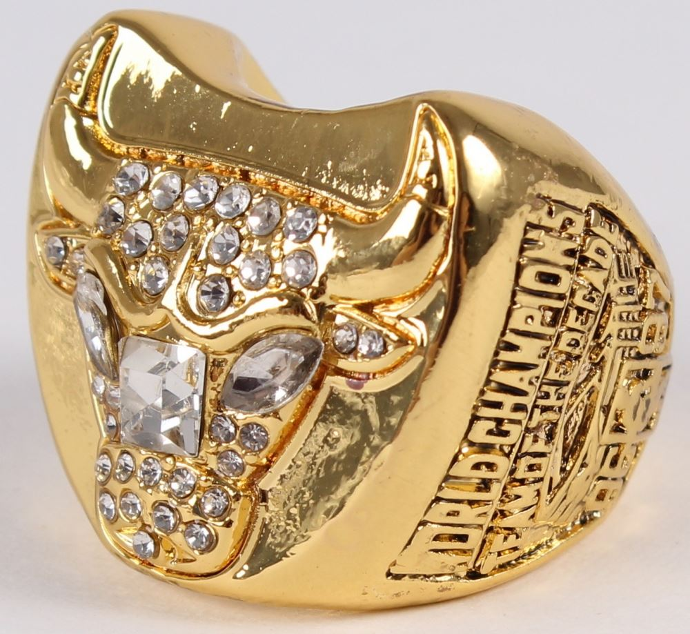 bdbab22842688b ... Image 6   Michael Jordan Chicago Bulls High Quality Replica 1997 NBA  World Champions Ring