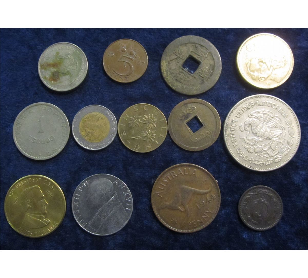 310  1944 Australia Large Penny